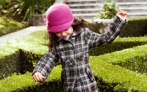 Impeccable tartan clothes for kids this winter
