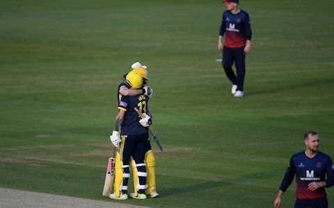 Gareth Berg burst propels Hampshire to second successive Lord's final