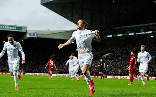 Leeds shrugs off pressure to return to winning ways with Bristol City victory