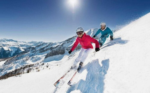 How to get fit for the ski slopes: the best gym classes and the exercises to do at home