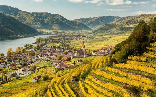 Quick tours to languorous stretches: what's the ideal length for a Danube cruise?