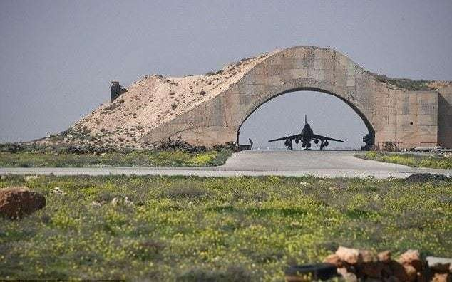 Syrian warplanes take off once again from air base bombed by US Tomahawks