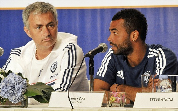 Chelsea's Ashley Cole feels obliged to help Jose Mourinho win either Champions League or Premier League