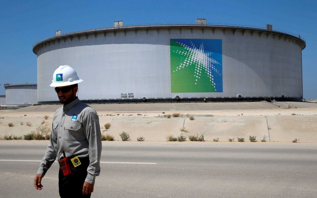 Saudi Arabia prepares to unleash oil tidal wave on the world