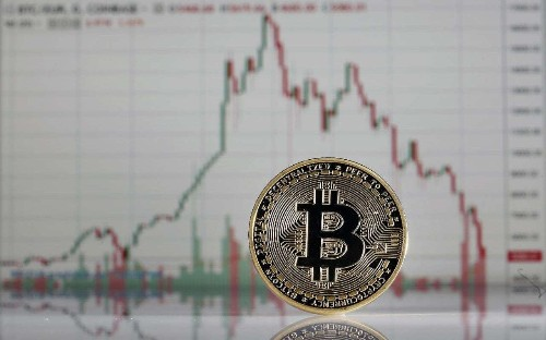 Bitcoin drops to month low after Google bans cryptocurrency adverts