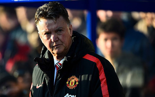 Louis van Gaal sticks to his philosophy and says 'You cannot take into account 600 million opinions'