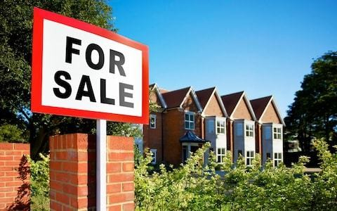 Property owners overcharged by estate agent price-fixing 'cartel'