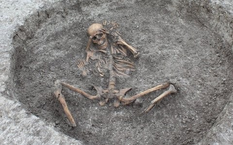 Iron Age skeletons may have been the victims of ritual human sacrifice