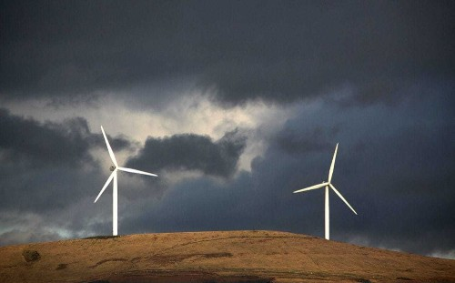 UK eighth best placed large nation in clean energy race
