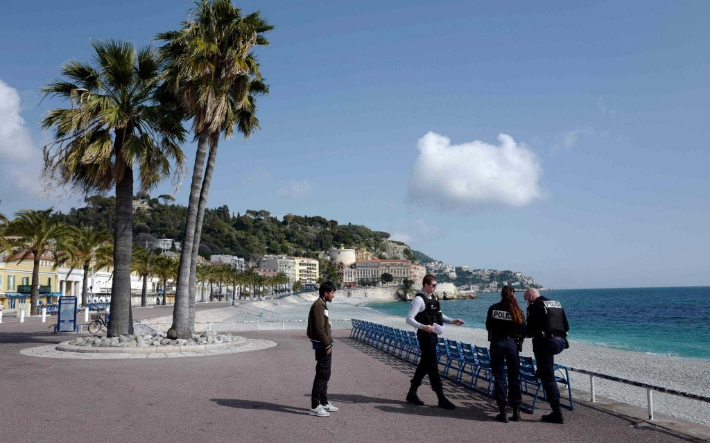 France turns back 'holidaymakers' who took private jet from London for Riviera break