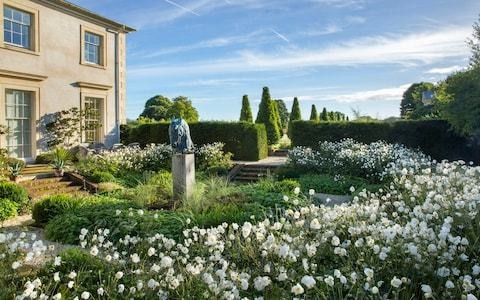Wudston House, a thoroughly modern garden with classical style