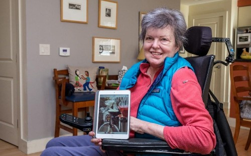 From oil paints to iPad - the disabled artist using technology to prolong her career and love of painting
