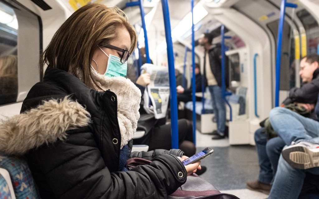 How to avoid the spread of coronavirus on public transport hotspots