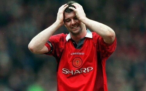 Gary Pallister recalls even darker days at Manchester United 30 years ago: 'Try losing a local derby 5-1 and flirting with the bottom three'