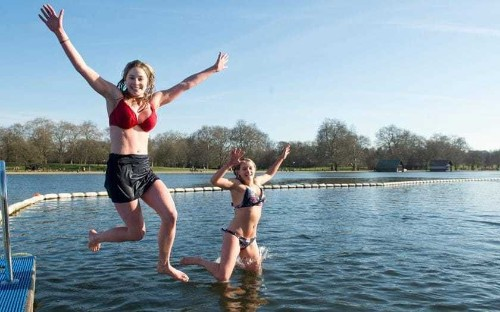 UK weather: Sunday set for warmest day of year so far as Britons take to the outdoors