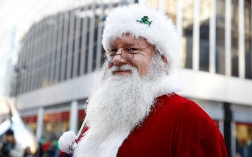 Police arrest protester who told children that Santa wasn't real