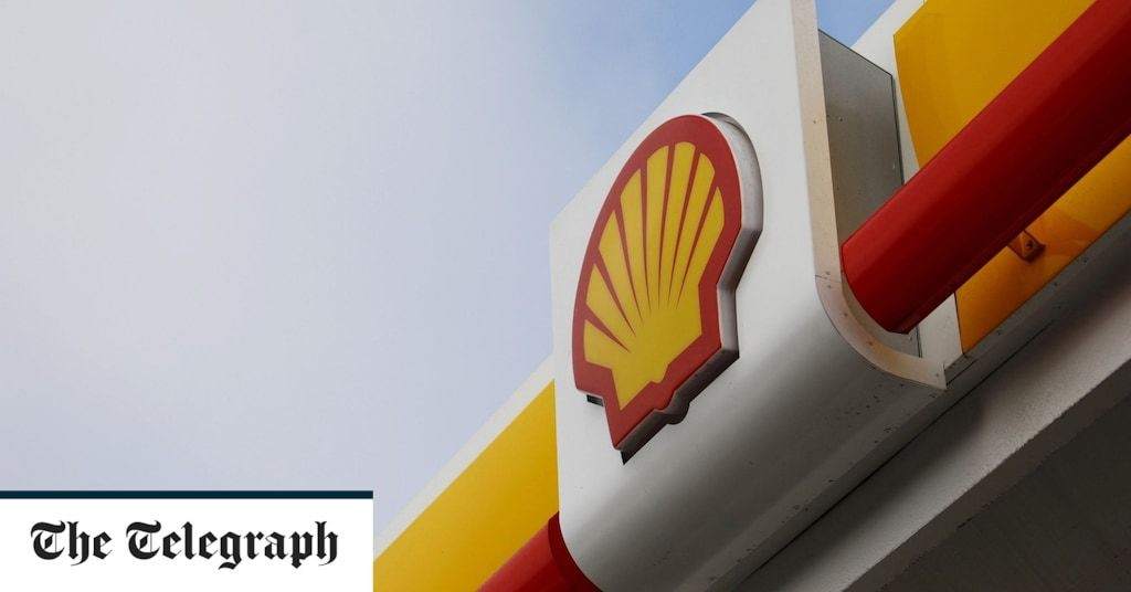 Market report: Oil giants hold blue-chip index steady
