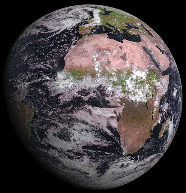 Amazing picture of Earth beamed back from new weather satellite