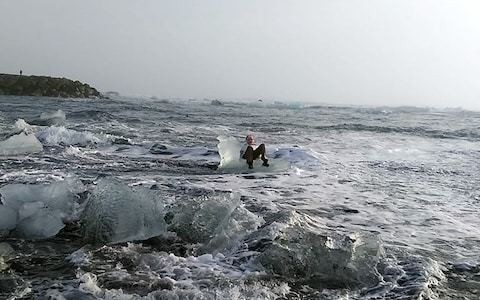 Woman drifts out to sea in Iceland after posing for photo on 'ice throne'