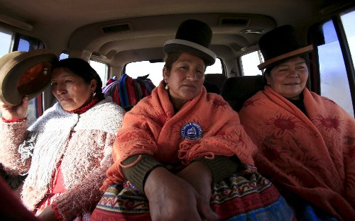 Bolivia's cholita mountaineers climb to new heights in the Andes, in pictures