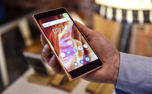 Apps caught secretly recording smartphone screens