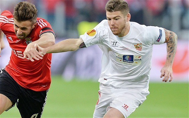 Liverpool bid £16 million for Sevilla's Alberto Moreno