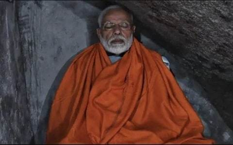 Modi mocked for meditating in Himalayan cave...with room service