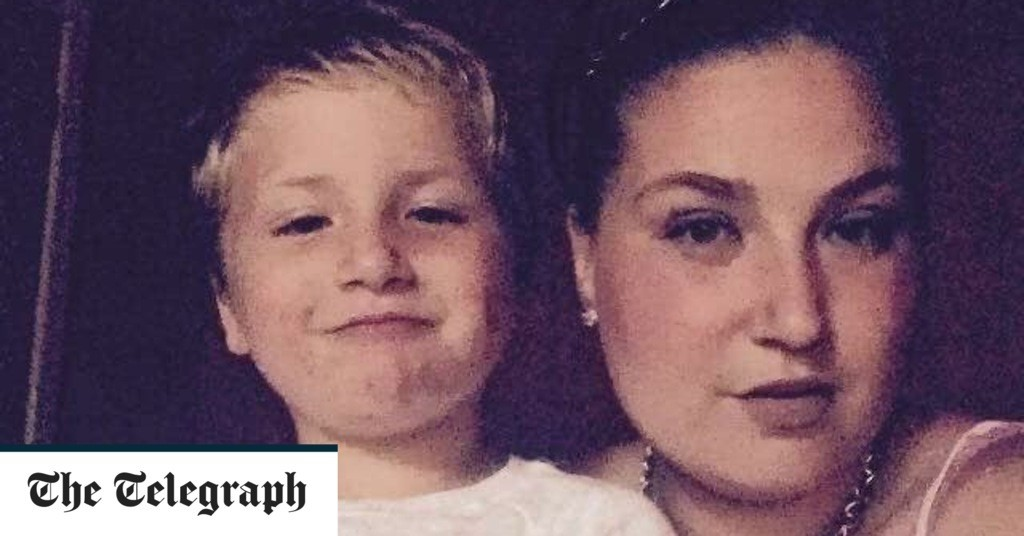 """Boy, 4, died of sepsis after """"rude"""" 111 call handler failed to tell mother to take him to hospital"""