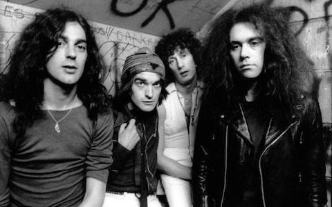 Larry Wallis, guitarist with the Pink Fairies and Motörhead who went on to produce classic punk hits and write songs for Dr Feelgood – obituary