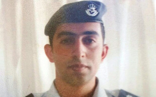 Jordanian pilot's father pleads for Islamic State to show mercy