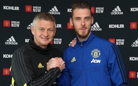 David de Gea finally ends long-standing uncertainty over Manchester United future by signing four-year contract