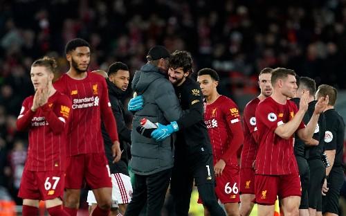 Liverpool fans take Jurgen Klopp's lead on lack of title talk as mental scars of failed bids past run deep