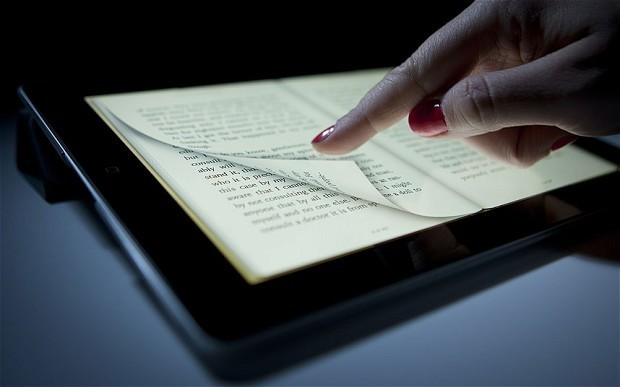 Apple looked at Amazon pact on ebooks and music