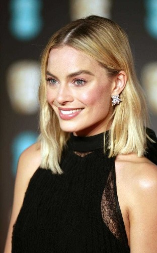 Why Margot Robbie's BAFTA beauty look is grown-up glamour at its finest - and how to copy in 5 easy steps