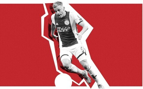 Why Donny van de Beek would make a great fit at Manchester United