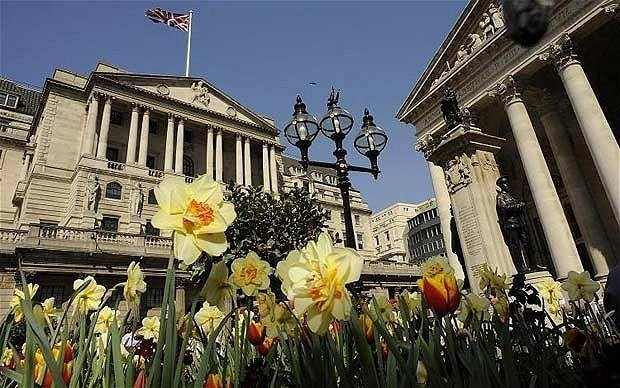 FTSE 100 creeps higher as Bank of England leaves rates unchanged