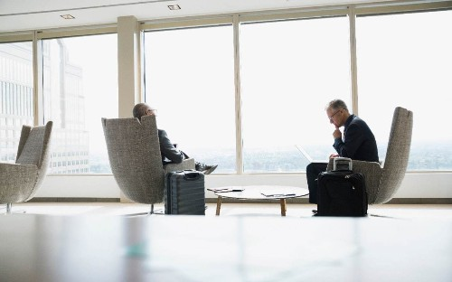 Norwegian scraps free airport lounge access for premium passengers