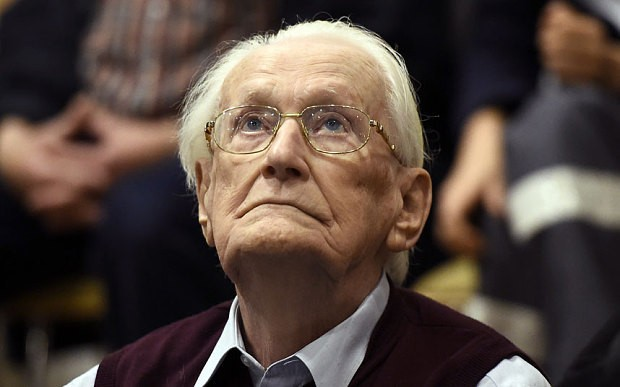 Holocaust suvivor criticises German court for decision to jail 'bookkeeper of Auschwitz'