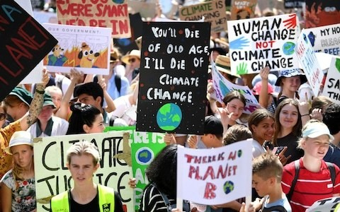 Global climate strike kicks off in Australia while Britain braces for weekend of chaos
