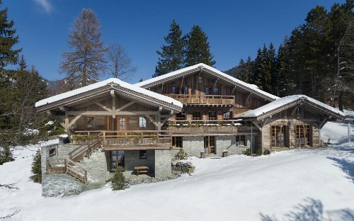 Inside the £37,000-a-week Swiss chalet that will get you in the mood for ski season