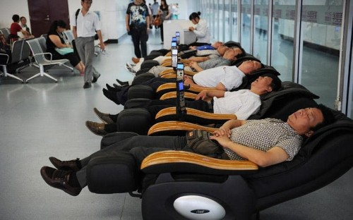 Fifty things to do at the airport