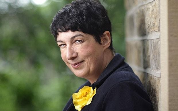 Joanne Harris condemns Clean Reader app for replacing swear words in novels