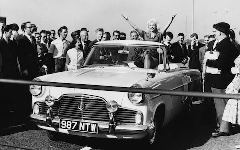 The day 'blonde bombshell' Jayne Mansfield opened the Chiswick Flyover