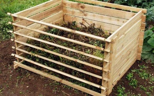 Two hours on the allotment: make a compost bin this weekend