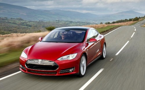 Tesla fatal crash driver was exceeding the speed limit, official report finds