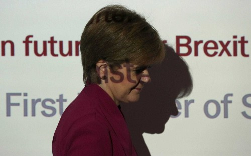 Border controls with England will be issue if independent Scotland joins the EU, Nicola Sturgeon admits