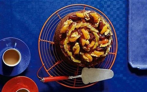 Apricot and ginger fruitcake recipe