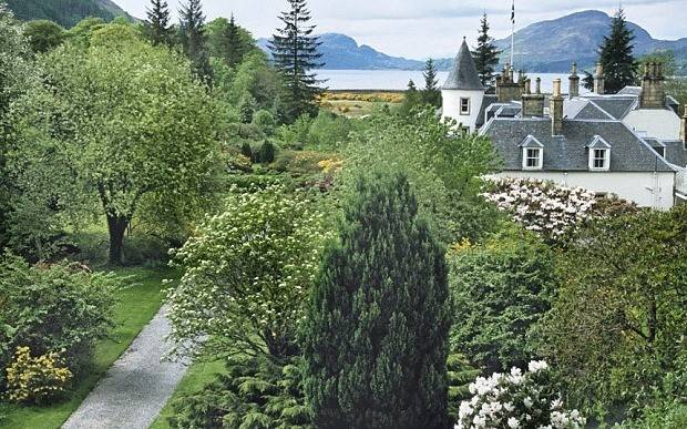 Glorious gardens in Scotland to visit – with or without passports