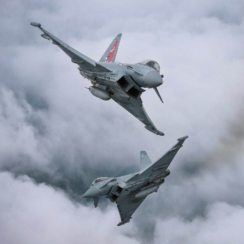 Defence chiefs ditch contract for 'private airforce' for RAF to train against