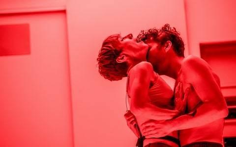 Solaris, Edinburgh Lyceum Theatre, review: terrifyingly strange, beautifully staged sci-fi